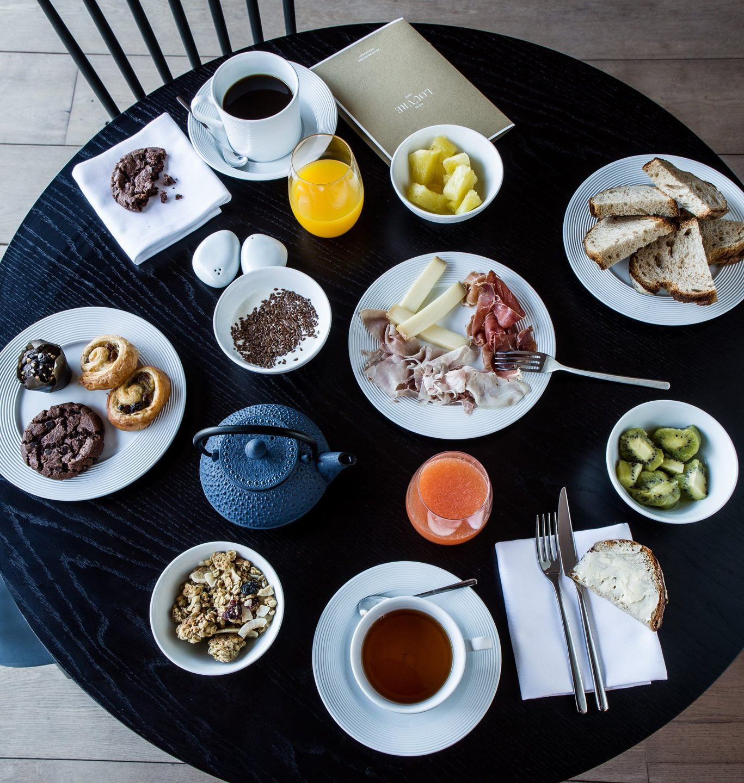 Table de petit déjeuner ©Gilles Trillard
