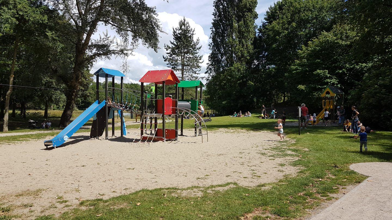 Aire de jeux du parc des Glissoires à Avion ©SR/Lens-Liévin Tourisme