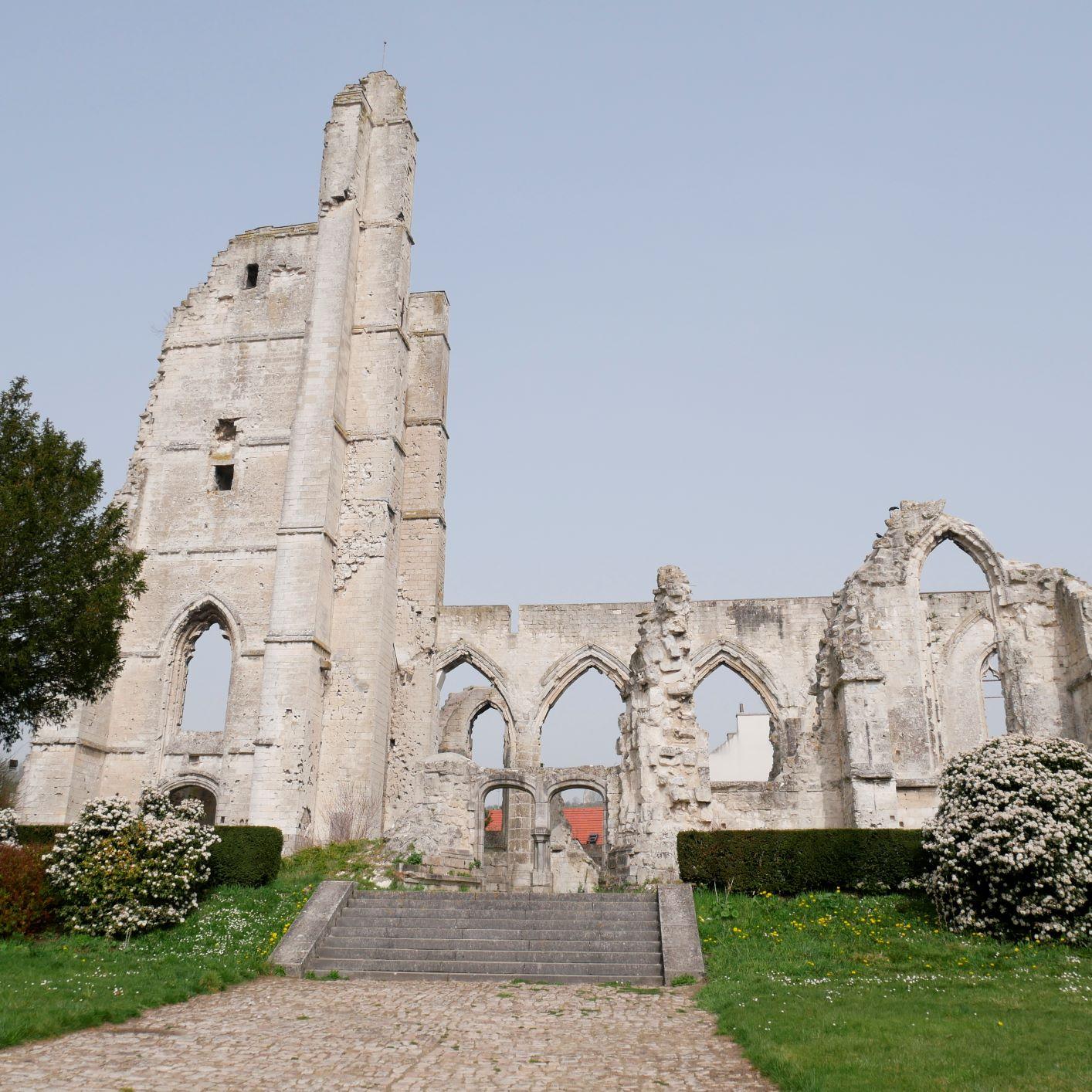 Ruines de l'église d'Ablain-St-Nazaire ©S. Roynette - Lens-Liévin Tourisme