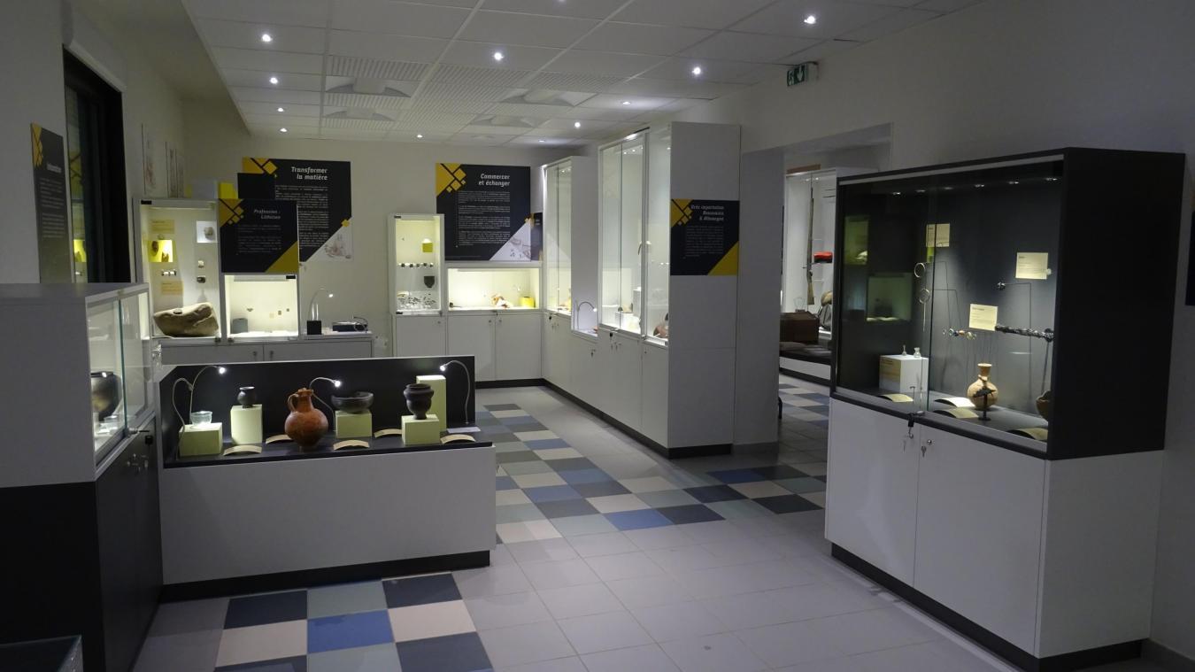 Salle du musée d'histoire et d'archéologie de Harnes
